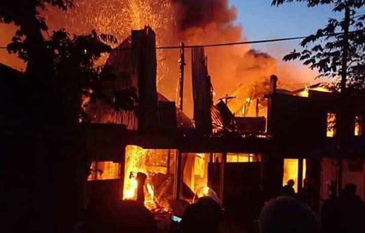 フィリピン、セブ・マクタン島の大規模火災