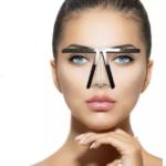 眉を左右対称に